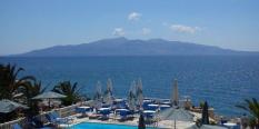 Hotel Perla 3* Saranda leto 2021 – sa bazenom na plazi