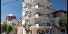 Dupleksi Agios Nikolaos – Asprovalta – (30 m od plaže, u centru) – leto 2020.