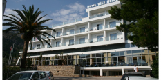 HOTEL VILE OLIVA 4+* –  Petrovac LETO 2018