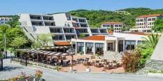Hotel Xenios Theoxenia 4* – Uranopolis, Atos – leto 2020.