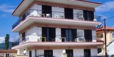 Vila Eva-Stavros 1/4 i 1/5 apartmani leto 2016