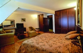 Hotel Club A - Feniks Kraljevo.jpg5
