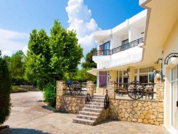 Hotel Pashos Kriopigi - Feniks tours 1